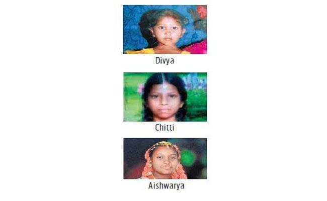 Police Handed Over the Missing Girls to the Parents - Sakshi