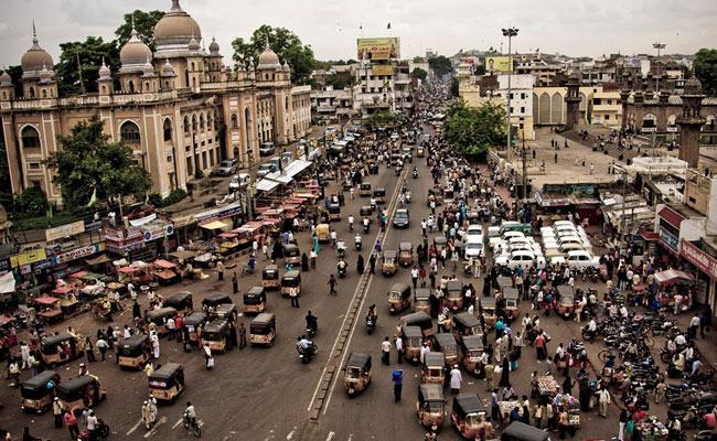 Fertility Rate Decreased in Telangana According To 2017 Census Data - Sakshi
