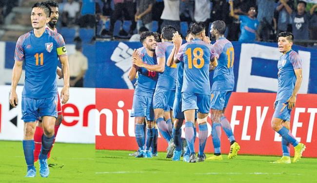 India Lose to Oman Despite Taking Early Lead - Sakshi