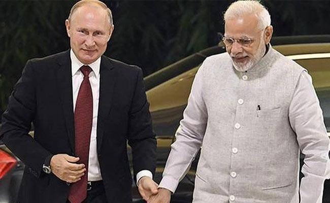 Editorial On Friendship Between India And Russia In EEF - Sakshi
