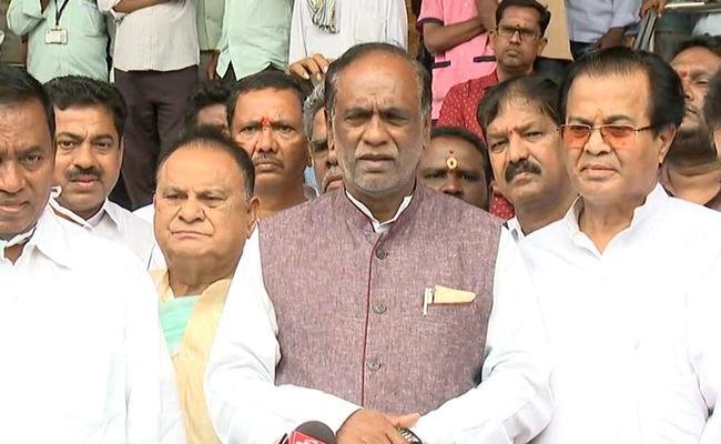 BJP Leader Laxman Slams CM KCR Face Carving At Yadadri Temple - Sakshi
