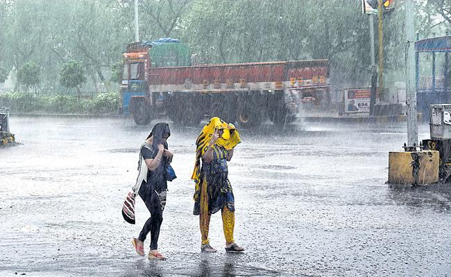 Mild Rains in Next Three Days - Sakshi