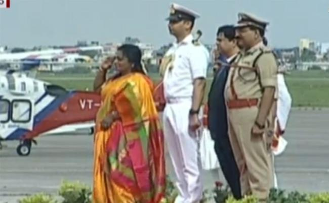 Tamilisai Soundararajan Reaches Hyderabad - Sakshi