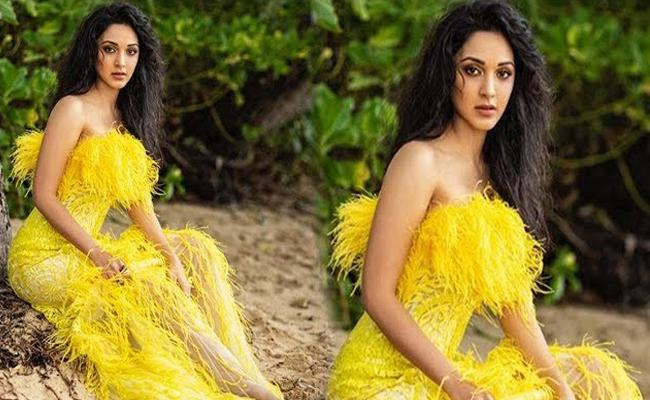 Kiara Advani Responds with Hilarious Tweet on Maggi Dress - Sakshi