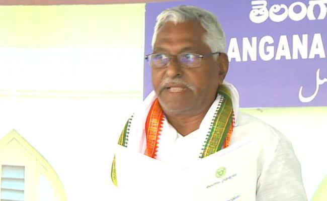 MLC Jeevan Reddy Slams KCR On Budget - Sakshi