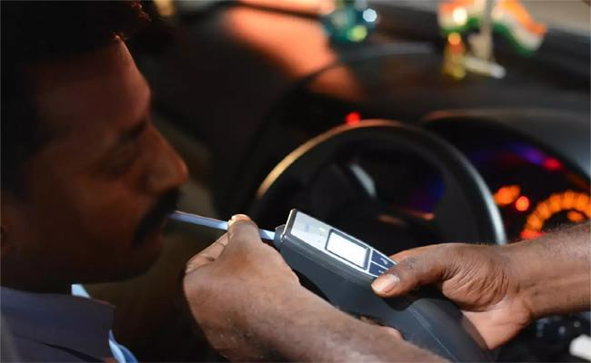237 Drunk And Drive Cases Filed in Cyberabad - Sakshi