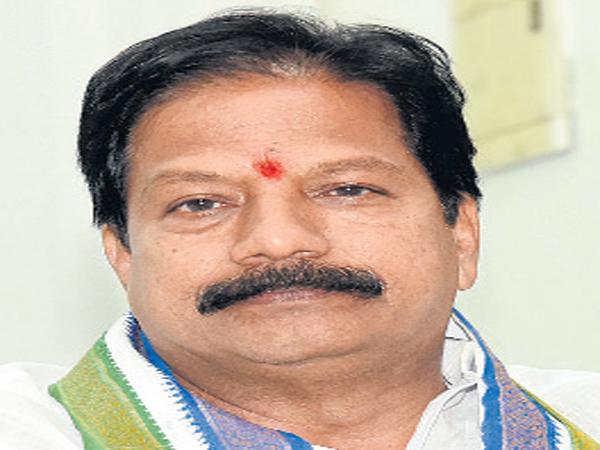 Kona Raghupathi Comments On Amaravati - Sakshi