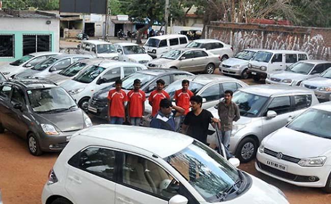 Maruti reports 24 percent dip in sales - Sakshi