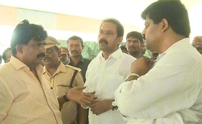 Ministers Reviewed Arrangements For YS Jagan Tour In West Godavari - Sakshi
