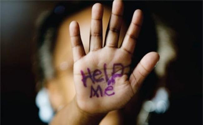 Molestation on Girl Child in Peddapalli - Sakshi