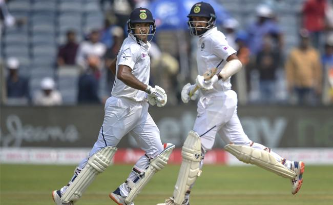 Mayank Agarwal Scored a Century in the Second Test Against South Africa - Sakshi