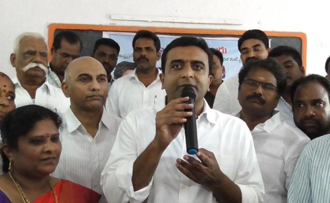 YSR Kantivelugu Programme Started In Guntur District - Sakshi