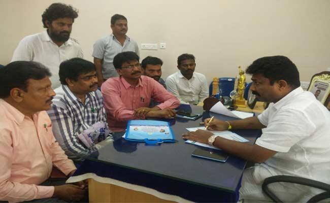 YSR Kanti Velugu Scheme Will Start At Prakasam Today - Sakshi