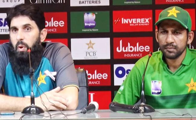 Misbah Ul Haq Gives Sarcastic Response To Journalist After T20I Whitewash - Sakshi