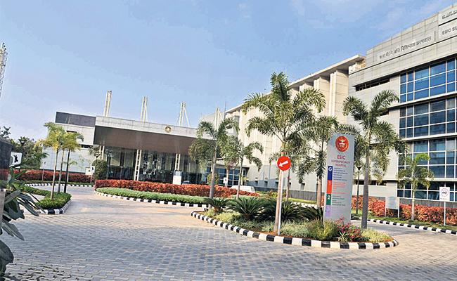 Doctors Negligence in ESI Hospital Hyderabad - Sakshi