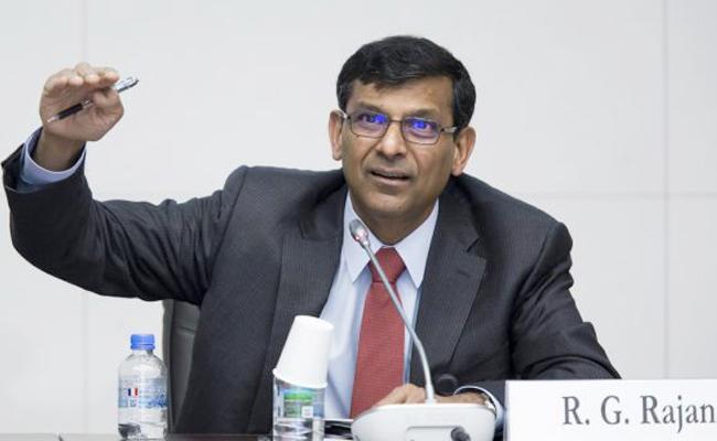 India Fiscal Deficit In Crisis Said By Raghuram Rajan - Sakshi