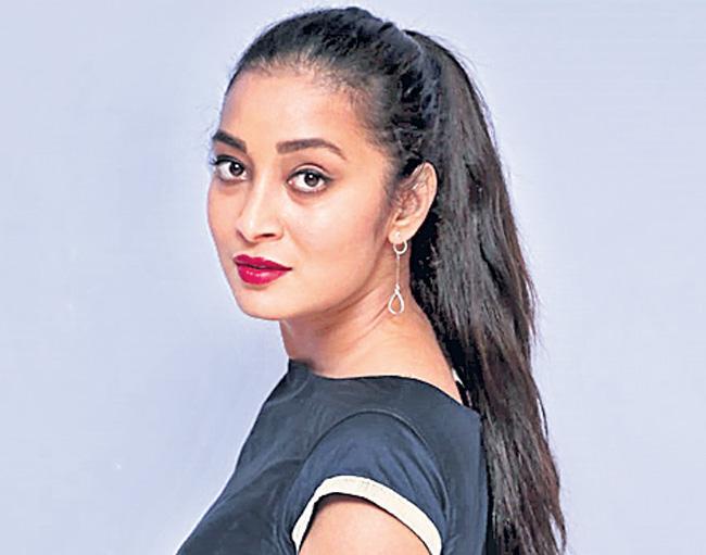 Pratani Ramakrishna Goud launches EMI First Look - Sakshi