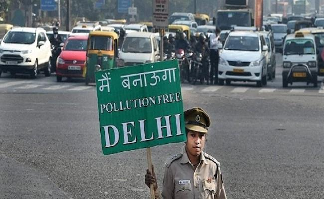 Delhi women to be exempted from odd-even scheme, Says Arvind Kejriwal - Sakshi