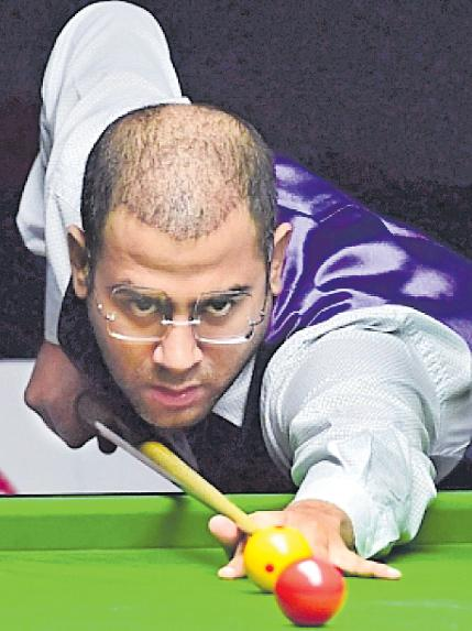 Gilchrist Beats Kothari To Reclaim World Billiards Title - Sakshi