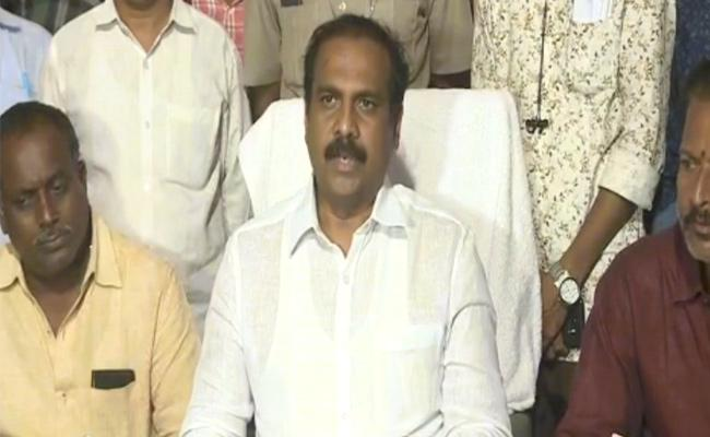 Agriculture Minister Kannababu Clarifies On Raitu Bharosa - Sakshi