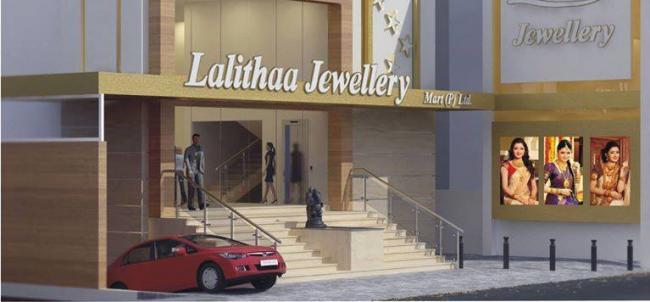 Lalitha jewellery heist surrenders in Bengaluru court - Sakshi