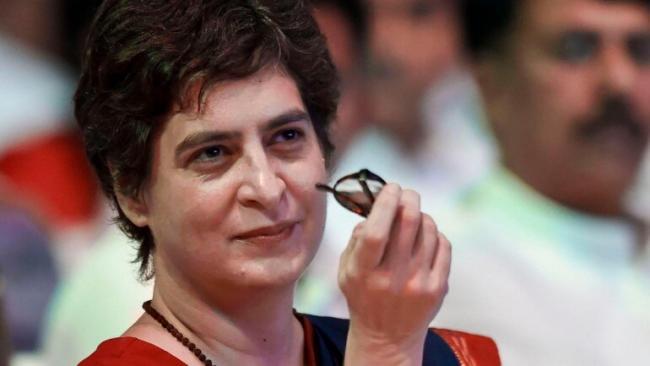Priyanka Gandhi Slams Ravi Shankar Prasad For Comment On Economy - Sakshi