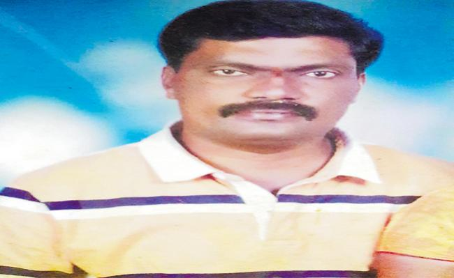 Suicide of Another RTC Worker At Jiyaguda - Sakshi