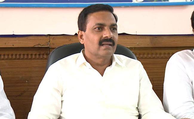 YSRCP MLA Kakani Govardhan Reddy Talks In Press Meet In Nellore - Sakshi