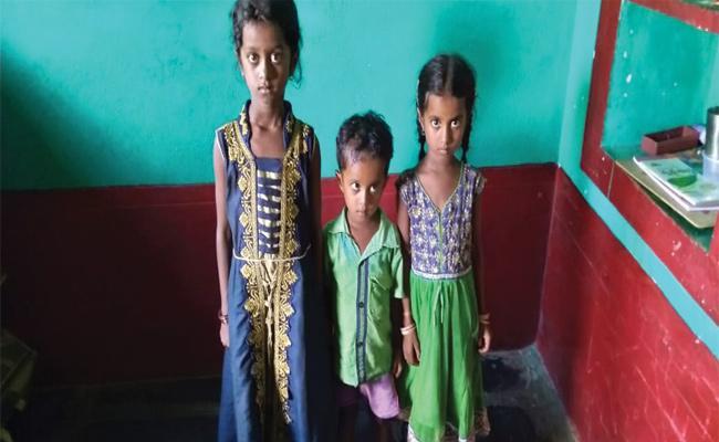 Parents Died In Ananthapur - Sakshi