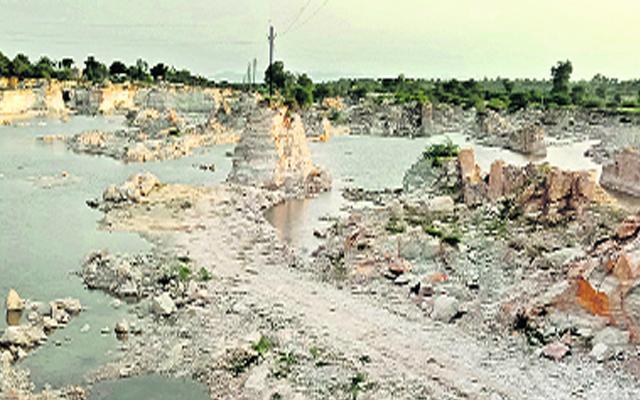 TDP Former MLA Yarapathineni Srinivasa Rao And Others Committed Irregularities In Mining - Sakshi