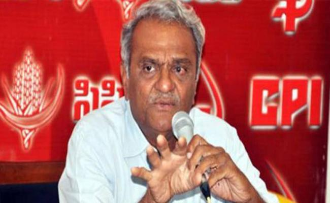 Govt Is Creating A Civil War Between RTC Workers And Temporary Employees - Sakshi