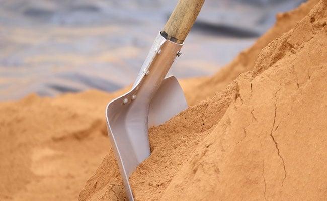 UP Man Finds Infant Girl Buried Alive Three Feet Below - Sakshi