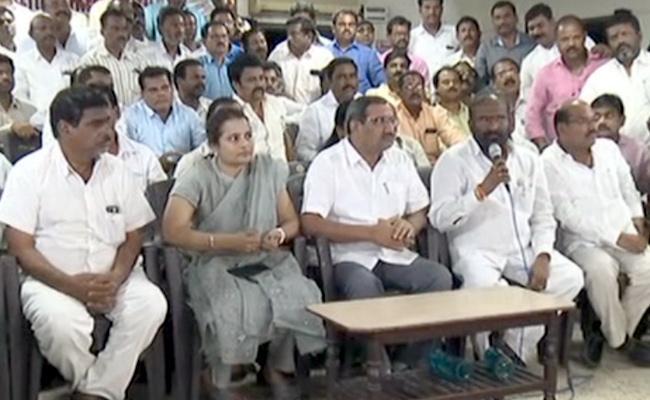 TNGOs Extends Their Support To TSRTC Strike - Sakshi