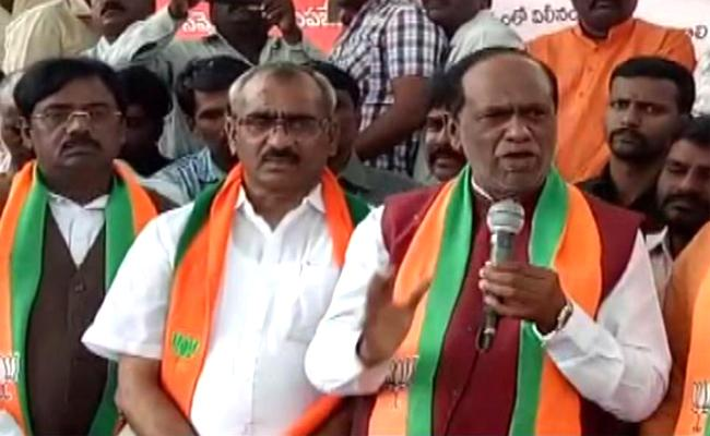 TSRTC Strike BJP Lakshman And Ex MP Vivek Supports RTC Strike - Sakshi