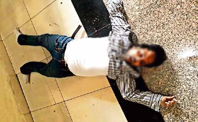 Software Engineer Commits Suicide in Hyderabad - Sakshi