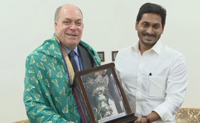 US Consul General in Hyderabad Joel Reifman Met AP CM YS Jagan - Sakshi