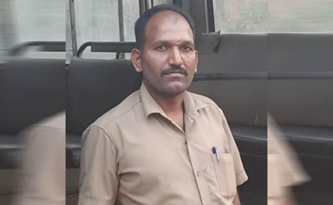 TSRTC Strike Miyapur Depot Driver Died With Cardiac Arrest - Sakshi