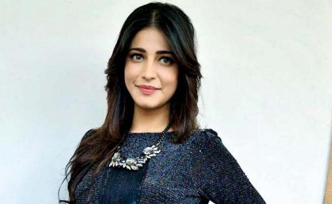 Shruti Haasan Says Her Statement About Being Sober Was Blown Out Of Proportion - Sakshi