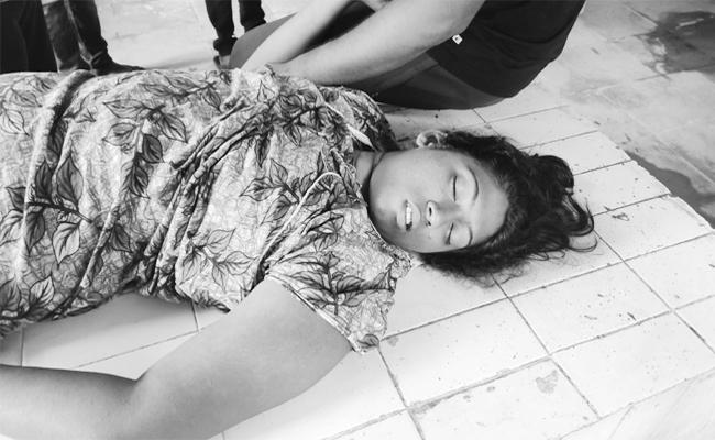 Wife Commits Suicide on Wedding Day in Anantapur - Sakshi