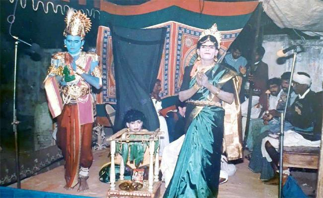 Traditional Dramas Making By Stage Artists Now Also In Villages - Sakshi