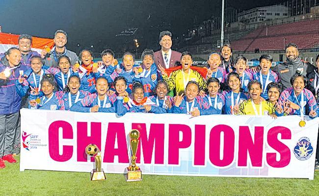 India Women Seal SAFF U15 Championship - Sakshi