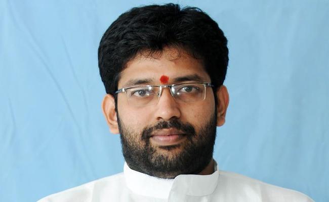 Kapu Corporation Chairman Jakkampudi Raja Comments On Chandrababu - Sakshi