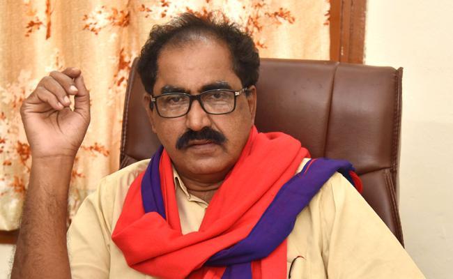 CPM State Secretary Thammineni Veerabhadram Slams On KCR Over RTC StrikeRTC S - Sakshi