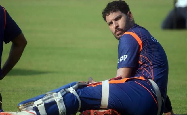 Abu Dhabi T10 League Chairman Says Deal With Yuvraj Singh Was In Final Stage - Sakshi