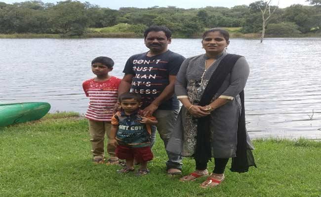 Khammam Child Died In South Africa - Sakshi