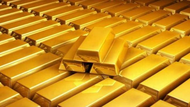 123 kg Gold Worth 50 Crores Seized In Kerala - Sakshi