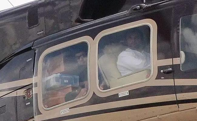 Rahul Gandhi Chopper Emergency Landing In Haryana Due To Bad Weather - Sakshi