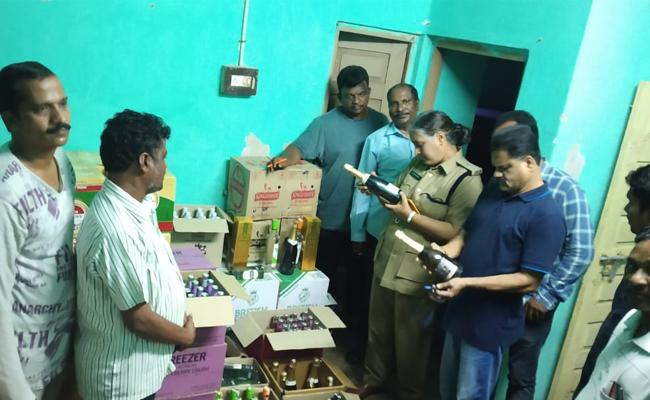 Illicit Liquor Seized By Excise Dept In Visakhapatnam - Sakshi