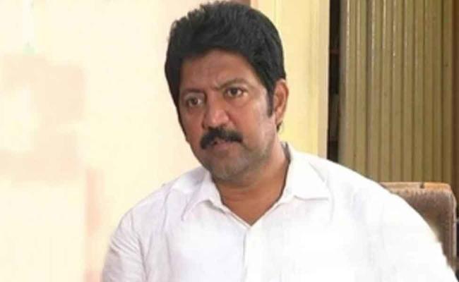 EC should take action against TDP MLA Vamshi, demands ysrcp - Sakshi