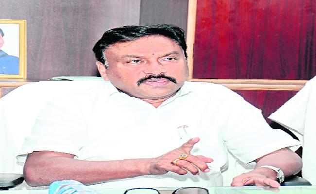 Collector Pola Bhaskar Talks In Press Meeting About YSR Raithu Bharosa  - Sakshi